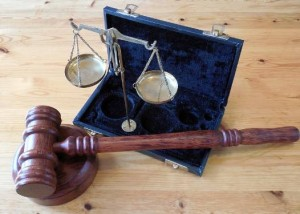 atrybuty prawa